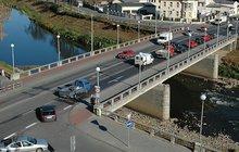 Žena (31) chtěla skočit z mostu
