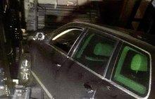 Auto spadlo do výtahové šachty