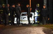 Chtěl potrestat milenku, ale... Upálil se v autě!