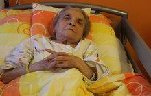 Miladu (83) našli v hořícím bytě ve Zlíně: Vyrvali ji ze spárů smrti