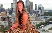 Plíšková obskakovanou celebritou: Zlaté šaty za dva miliony!