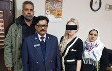 Zadrženou Terezu H. (21) zbožňují! V jedné věci se ale Pákistánci pletou