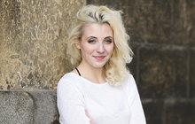 Anička Slováčková se odstřihla od rodičů