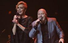 Vyprodaným koncertem v pražské O₂ areně zakončila Helena Vondráčková o víkendu oslavy 70. narozenin! Byla to pořádně dlouhá noc, jak zpívá v jednom ze svých největších hitů.