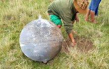 V Peru z nebe spadly tři koule