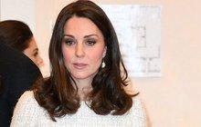 Chudák těhotná Kate: Nikdo jí nepomohl, ochranka jen přihlížela!