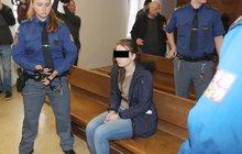 Píchla ošetřovatelka Lenka W. (21) ženě vzduch do žíly? Znalci: Věděla, co dělá