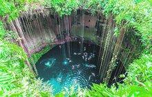 Koupačka v mexických cenotes, jeskyních, kam Mayové svrhávali své oběti!