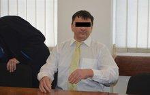 Strážníky si spletl s taxi: Skončil se zlomeninou kostí obličeje