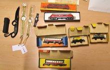 Jezdil vlakem, kradl modely vláčků