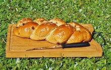 Velikonoční pečení: Mandlový cop