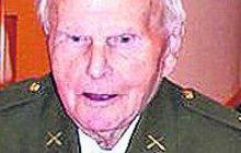 Válečný hrdina a bývalý politický vězeň Josef Holec zemřel ve věku 99 let.