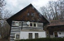 Vyhořelý mlýn z pohádky S čerty nejsou žerty: Točili tu Hrušínský a Menšík