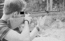 Jediný výstřel třeskl v sobotním červnovém večeru roku 1987 na ubytovně obuvnického podniku Závody 29. augusta v Partizánském na Slovensku. Osudná střela na místě usmrtila zaměstnance zmíněné firmy (†33).
