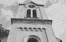 Vykrást prodejnu s ovocem a zeleninou v Horních Počernicích, které tehdy byly samostatnou obcí, se v červnu 1969 pokusil dlouhoprstý poberta. Nedal si ale pozor a padl do rukou rozzlobených místních občanů.