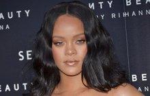 Rihanna už  je zase sama!
