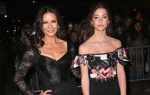 Dcera Catherine Zeta-Jones: Půvabná po mamince!