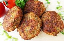 Chutný oběd: Cizrnové karbanátky s hovězím