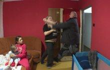 Výbuch agrese ve Výměně manželek: Násilí před dětmi utne až štáb!