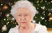 Důvěrný přítel a homeopat, kterému se britská královna svěřovala, tragicky zemřel. Dle informací Blesku Petera Fishera srazil kamion při projížďce na kole.