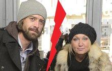 Zpěvačka Bára Basiková (55): Po 10 letech od svatby...TAJNĚ SE ROZVÁDÍ. Manžel už bydlí jinde