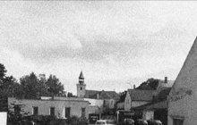 Věž chrámu Páně v Jesenici na Rakovnicku vyhořela v prosinci 1967. Zapálil ji neopatrný školák (14), který sem bez dovolení dospělých přišel se dvěma kamarády hledat hnízdící vrabce. Oheň způsobil škodu za dvě stě tisíc tehdejších korun.