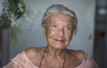 Konečně se dočkala! Zdenka Procházková (92) alias stará Lída Baarová z Renčova filmu už má termín, kdy nastoupí do Léčebného a rehabilitačního střediska Chvaly.