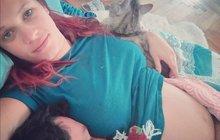 Nedostatkem spánku trpí hvězda seriálu Ohnivý kuře Kristýna Leichtová (32). Herečka je v šestém měsíci těhotenství a právě v noci dává o sobě miminko v bříšku nejvíc vědět.