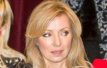 Půvabná herečka zavzpomínala na krvavý incident, ke kterému došlo při přípravě svátečního cukroví.