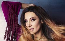 Sexy Olga Lounová: Zranila se při akrobacii!