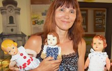 Vzácná panenka  s logem za krkem: Jedna stojí 30 000 korun
