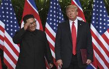 Holič připravuje Hanoj na historický summit: Na Donalda, nebo na Kima?