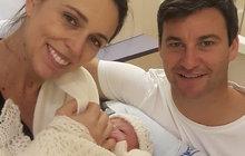To se jen tak nevidí! Úřadující premiérka Nového Zélandu Jacinda Ardern (37) porodila ve státní nemocnici v Aucklandu holčičku.