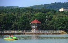 Rybníky a přehrady: Kamencové jezero je světový unikát!
