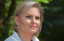 EX-ministryně Malá: Neodstoupím! Odstoupila...