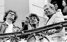 Kdyby Václav Havel (†75) ještě žil, určitě by si nenechal ujít středeční koncert Rolling Stones v pražských Letňanech. Legendární rockeři na svého největšího fanouška z řad prezidentů nezapomněli. Během velkolepé show se v jednu chvíli na obřím plátně za jejich zády objevila jeho fotka se vzkazem I love Havel.