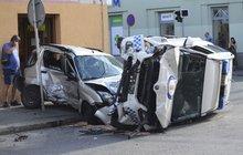 Strážník zavinil nehodu! Bude vůbec potrestán?
