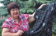 Šatník paní mlynářky, to je název spolku, který na přehlídková mola vynesl originální i 100 let staré oděvy. Všechny modely, šaty i kostýmy, jsou ze sbírky Ireny Hellerové (63) z Koštic na Lounsku, která za ojedinělým projektem stojí.