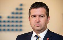Necítí podporu, a tak si o ni řekne. Šéf sociálních demokratů Jan Hamáček (39) by měl na víkendovém jednání širšího vedení ČSSD požádat o důvěru.