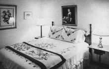 Dýchánek dvou starších dam se zvrhl v brutální mord. Bezbrannou stařenku (†81) z Prahy-Libně zavraždila počátkem února 1972 její kamarádka (51).