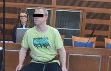 Státní zástupce má v opileckém synáčkovi jasno: Uškrtil mámu provazem