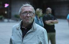 Už se těšil, že opustí nemocnici, kam ho dostala voda na plicích. Představitel majora Hradce z Třiceti případů majora Zemana Rudolf Jelínek (83) ale ještě musí podstoupit EKG.