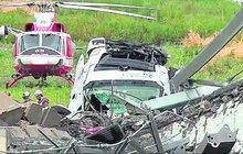 Před osmi dny spadl ze zříceného mostu v Janově: Řidiče přivezli do Čech