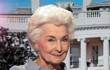 <strong> </strong><strong>Zažila ohromný úspěch i pády. Královna etikety Eliška Hašková Coolidge (77) pracovala osmnáct let vBílém domě jako asistentka pěti prezidentů, od Kennedyho až po Reagana. Svoje místo vživotě si však musela tvrdě vybojovat. Jako osmiletou dívku ji opustila matka. Vdospělosti však přišla další rána, když od ní odešel manžel. Bylo jí pětapadesát, když zůstala vAmerice sama sdcerou a bez peněz. Jak se jí podařilo postavit se opět na vlastní nohy?</strong>