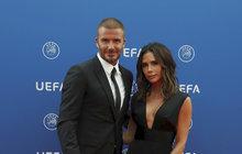 Značka Victorie Beckham slaví 10. výročí! To je ale nákup! Davida stojí miliony...