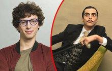 V show Tvoje tvář má známý hlas už Jan Cina (30) nevystupuje, přesto opět přišel o svou tvář. Za pár hodin se z něj stal dvojník světoznámého španělského, respektive katalánského surrealistického malíře Salvadora Dalího (†84).