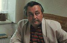 Pohřeb doktora Koblížka ze Života na zámku Břetislava Slováčka (†70): Loučily se herecké klany!