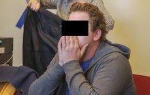 Hrozilo mu osm let natvrdo, ale do basy nepůjde! Pavel K. (30), který měl sex s Andrejkou (†15), když jí bylo 11, dostal včera u soudu tři roky vězení s podmínkou na pět let!