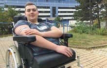 Daniel (19) z Plzně: Žije jen s půlkou těla!