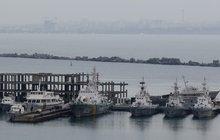 Na anektovaném poloostrově Krym zase řinčí zbraně: Rusko zabavilo Ukrajině tři lodě